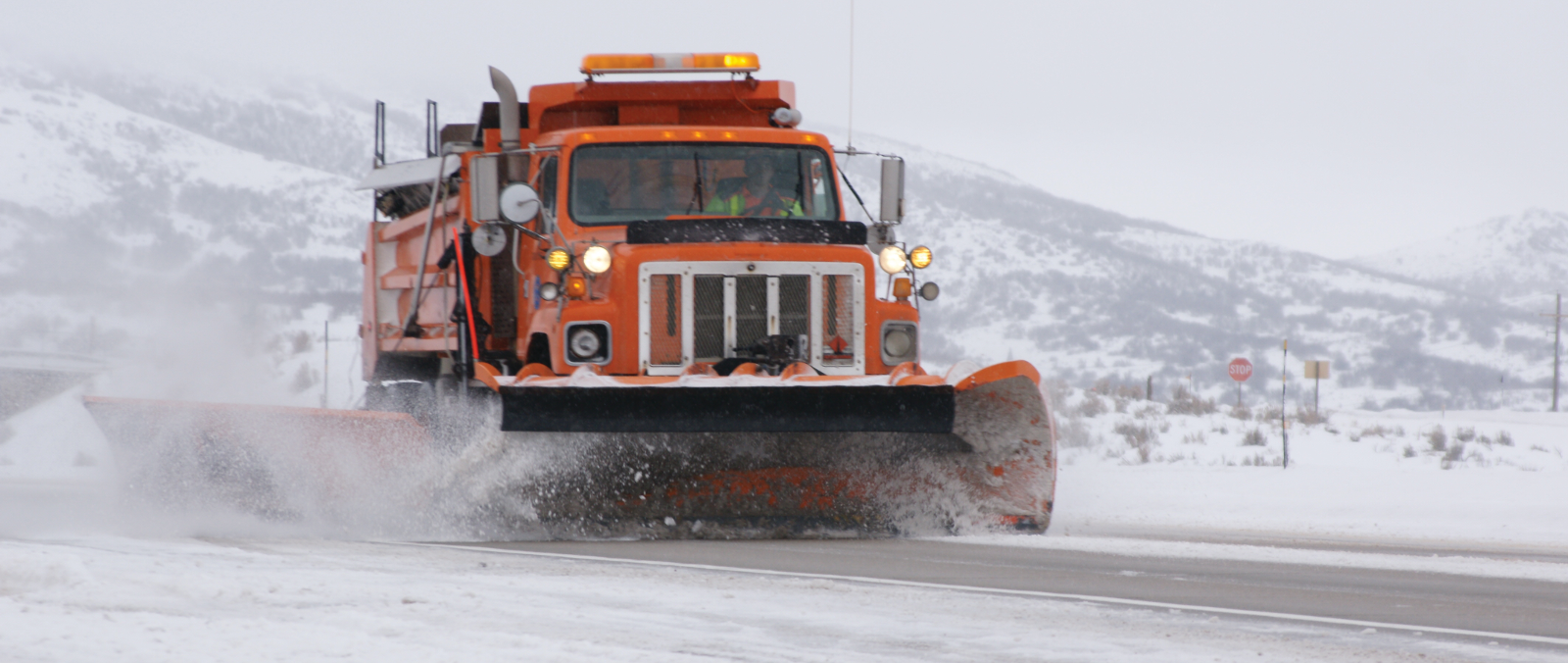 amp liquid deicing snowplow
